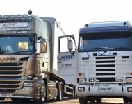 Scania Golden Griffin and 143M 500